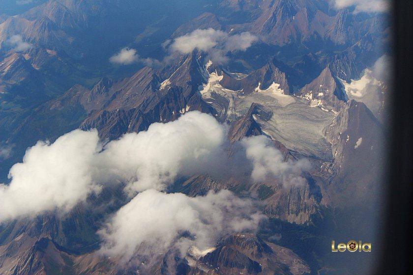 IMG_9543 Rockies copy.jpg